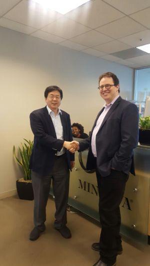 (사진1)한동대 장순흥 총장(왼쪽)과 미네르바스쿨 벤 넬슨 CEO