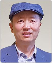 박영춘 교수님 사진